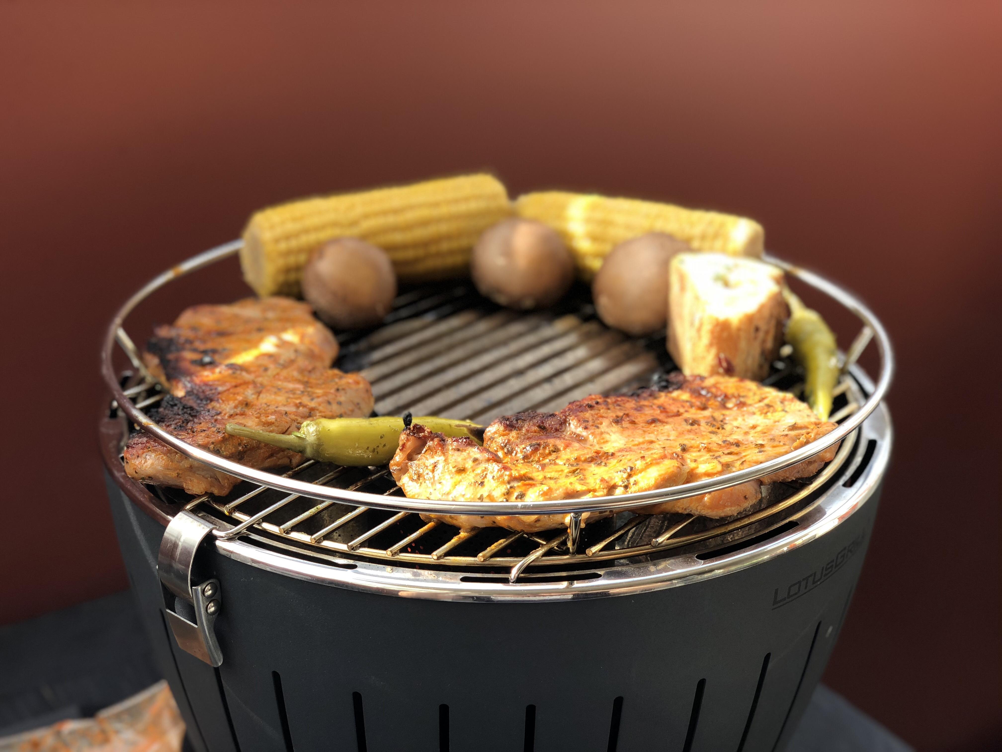 Rösle Gasgrill Steakzone : RÖsle bbq station videro g s gasgrill stahl schwarz grill