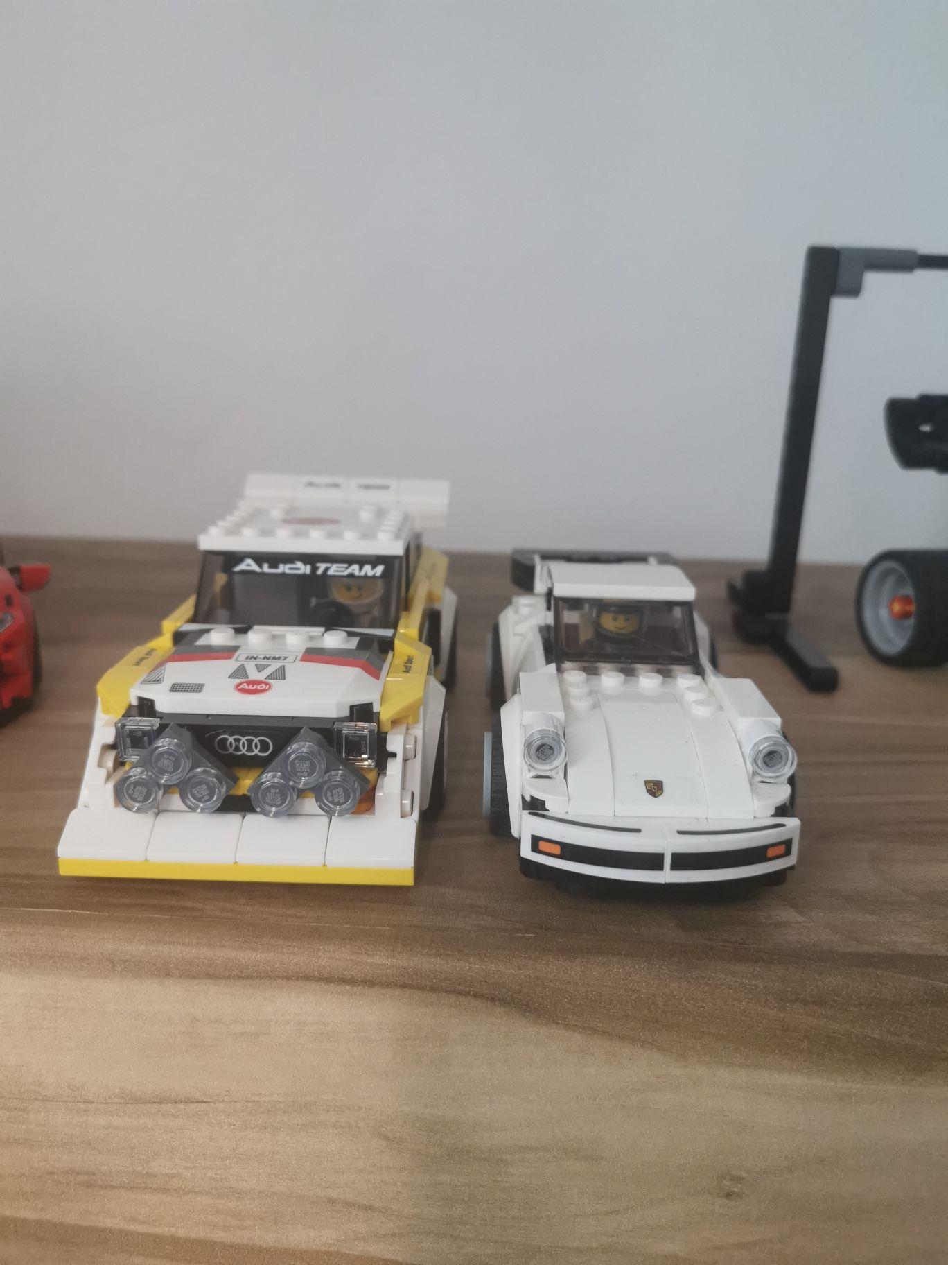 25893043-GT40v.jpg