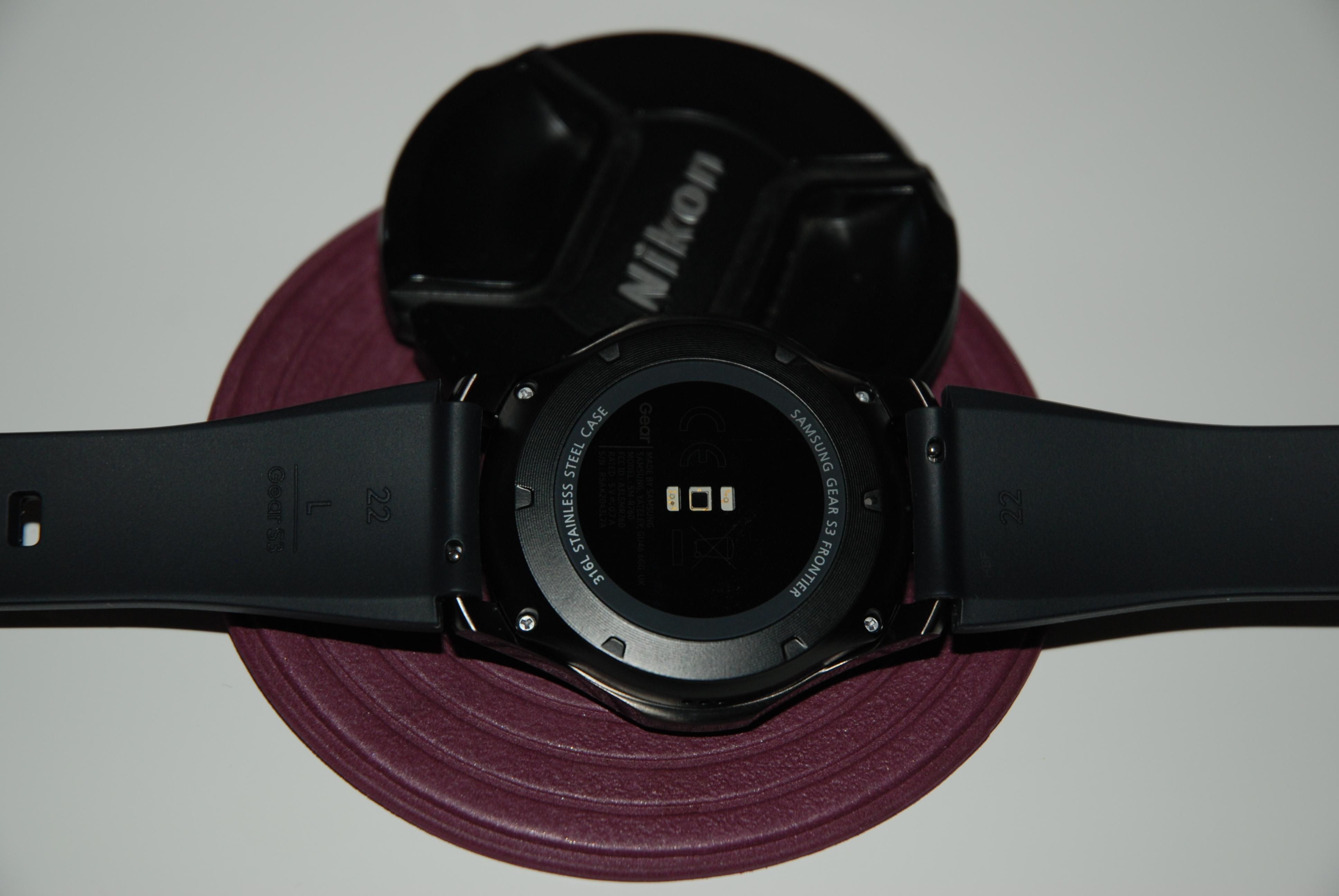 18023278-R946I.jpg