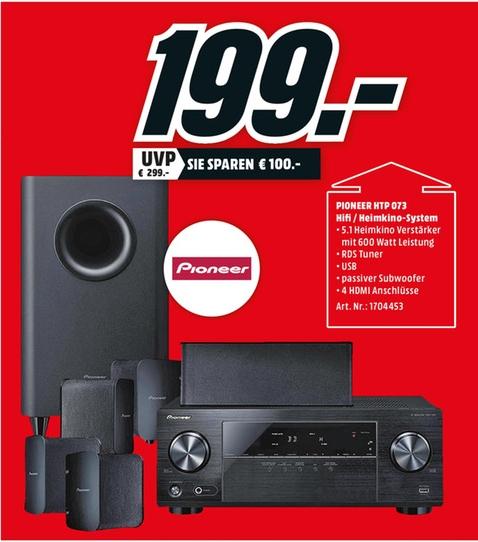 8031477-wAXaR