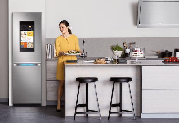 Bosch Kühlschrank Wird Heiß : Gerüche im kühlschrank neutralisieren stern