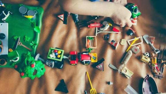 spielzeug playmobil lego