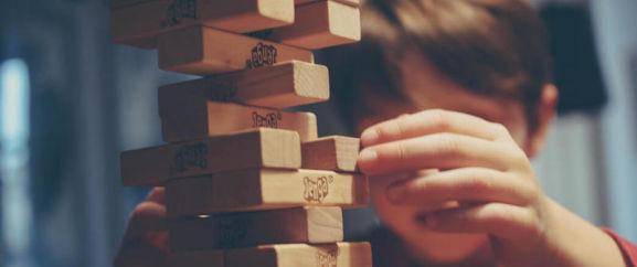spielzeug gesellschaftsspiele jenga