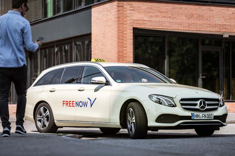 in ein taxi einsteigen bei free now