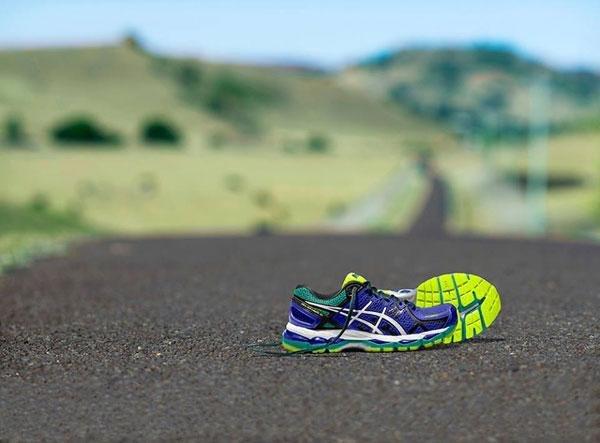 Moderne Asics Schuhe