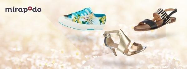 Sandalen und Sneaker