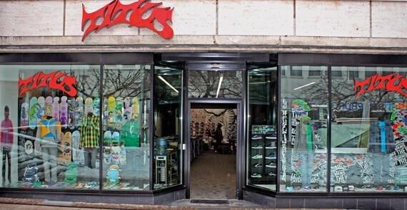 titus store