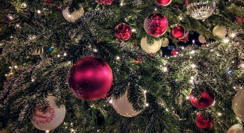 Weihnachtsbaeume Christbaumschmuck