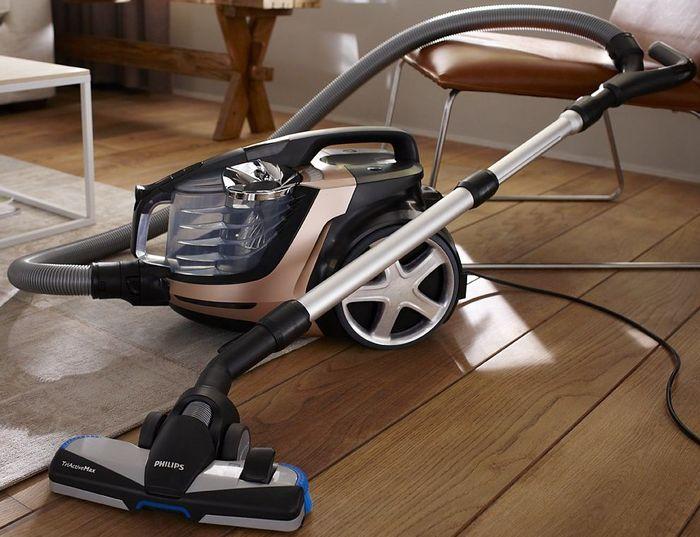 philips beutelloser staubsauger besonders geeignet f r. Black Bedroom Furniture Sets. Home Design Ideas