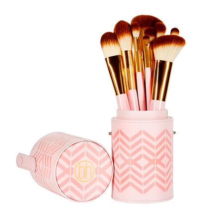 30% Rabatt auf alle Pinselsets bei BH Cosmetics, z.b. 10-teiliges Pinselset für 16,09€ (+VSK) statt 22,99€