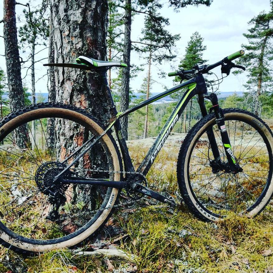 Merida Big.Nine 6000 (2016) Carbon CF3 Mountainbike (15-21'' Rahmengröße)
