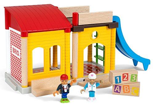 Brio Village Schule (33943) bunt für 8,58€ mit [Amazon Prime]