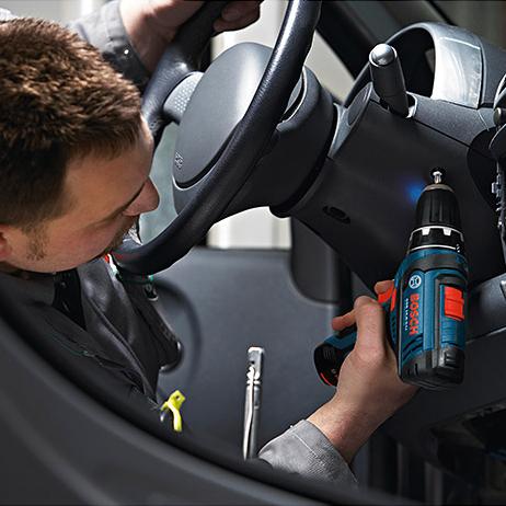 Bosch Akkuschrauber GSR 12 V-15 in L-Boxx mit 1 Akku 4,0 Ah und Schnell-Ladegerät GAL1230CV für 79,99€ [Ebay]