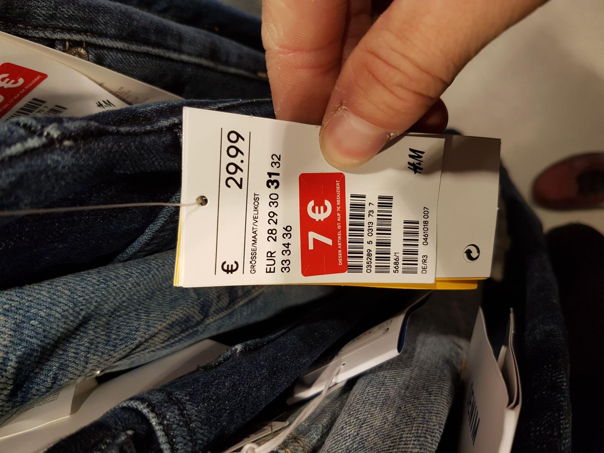 Jeans und Hosen für 7-12€ bei H&M Siegburg (lokal?)