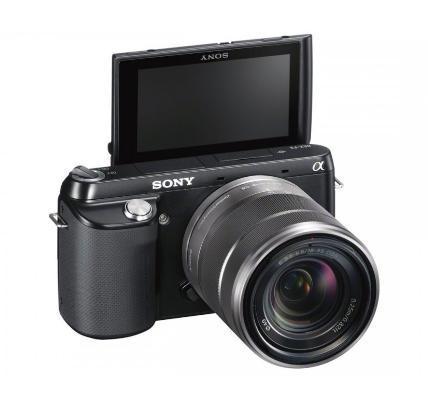Systemkamera Sony NEX-F3 + E 18-55 mm  427Euro