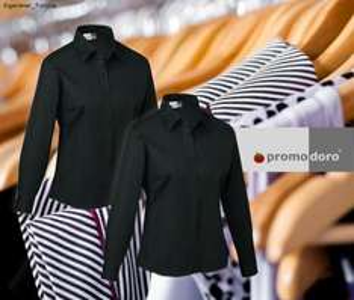 2 Blusen von Promodoro in schwarz für 19,99 plus 50 Payback ExtraPunkte