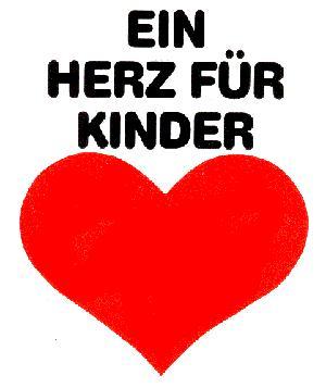 """1 EUR Spende an """"Ein Herz für Kinder"""" pro kostenlos verschenkten Coke Weihnachtssong"""