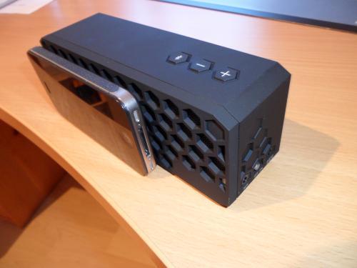 Tchibo Mobiler Bluetooth-Lautsprecher mit Freisprechfunktion durch Gutscheincode: 121628