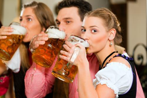 Silvesterreise: 3 Tage München mit Flug von Düsseldorf und sehr gutem 4* Hotel für 214€ pro Person