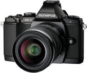 Olympus E-M5 OM-D inkl. 12-50mm Objektiv @Amazon.fr