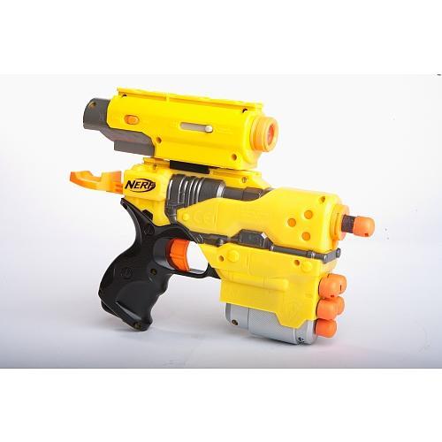 NERF - Element EX-6 Action Kit  mit abnehmbarem Laservisier und Zielfernrohr für 27,94€ @ toysrus.de