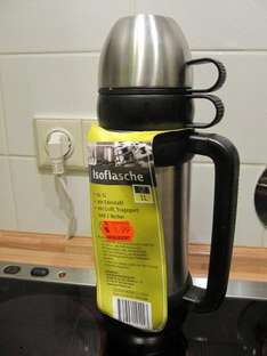 Kaufland Hannover: 1 Liter Edelstahl-Thermoskanne mit  2 Bechern nur 1,99 Euro