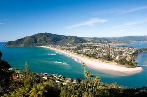 Flüge von Barcelona nach Virgin Islands ab 352€ und von Paris nach Auckland ab 831€ (Hin u. Rückflug)