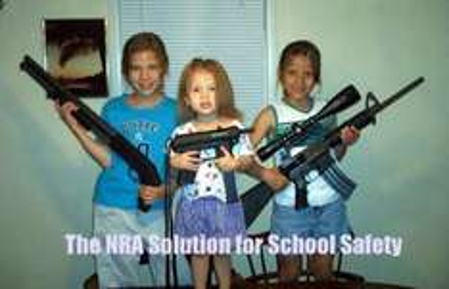 """Kinder-Shooter """"Practice Range"""" der NRA"""