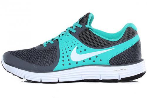Nike Lunarswift 4+  (Idealo ab 72€)