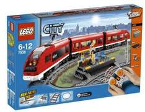 Lego 7938 City Passagierzug für 79,98€ bei Null.de