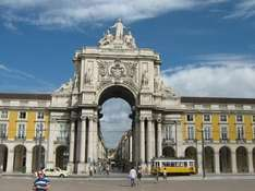 Reise: 3 Tage Lissabon ab Frankfurt incl. Alicia Keys Konzertkarte (Flug, Transfer, Nahverkehrskarte, 4*Hotel, Ticket) 199,- € p.P. (Juni)