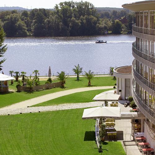 Ebay WOW - Potsdam 4*-arcona-Hotel am Havelufer: 2 Nächte für 2 Personen mit Sektfrühstück im Komfort-DZ