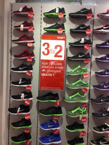 Nike Free für 60 Euro beim Kauf mit 2 Freunden!