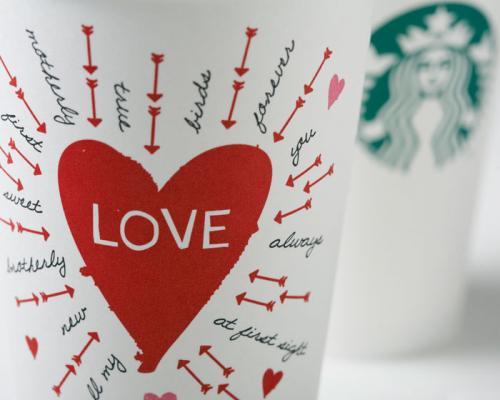 [Starbucks] Nur heute: 2 für 1 Apple Caramel Macchiato für ein Küsschen