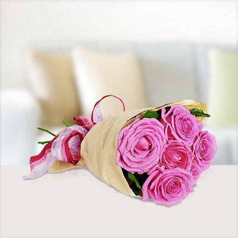 Blume2000.de - 5 rosa Rosen für 9,95€ inkl. Versandkosten - mit Qipu nur 8,30€