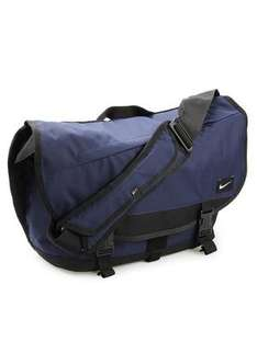 Nike Cascade 20 M Messenger Bag