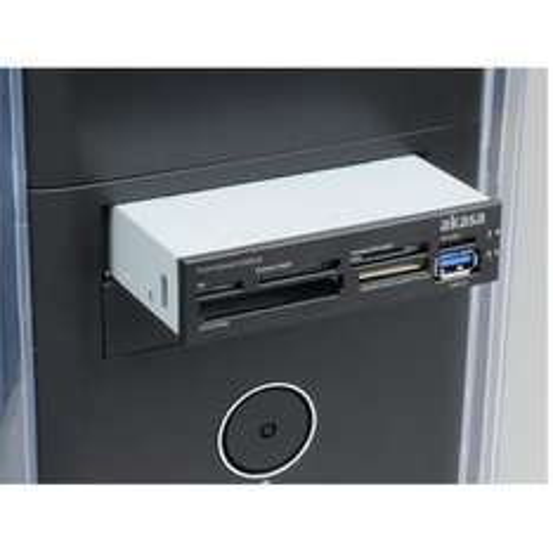 "Akasa AK-ICR-13 Cardreader intern 3,5"" mit USB3.0 extern Anschluss : 18,99€ inkl. VSK"