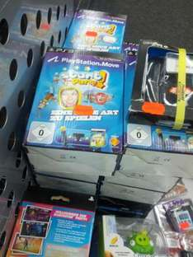 [Lokal] Promarkt Potsdam HBF räumt auf - z.B. Playstation Move Starter Set inkl. Schlechtem Spiel für 19€!