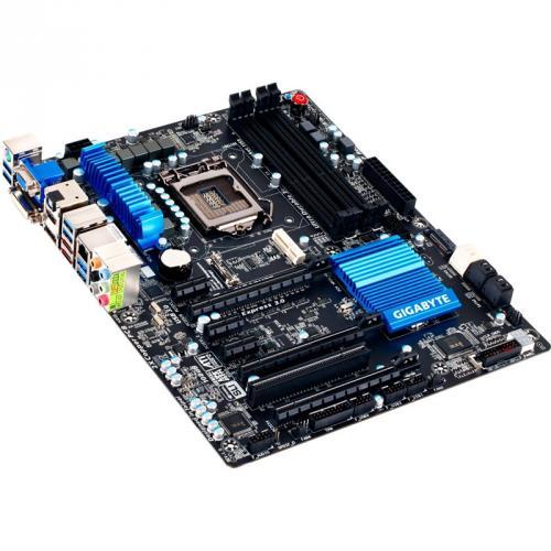 Gigabyte GA-Z77X-UD3H Intel Z77 So.1155 Dual Channel DDR3 ATX Retail @ Mindfactory *MINDSTAR*