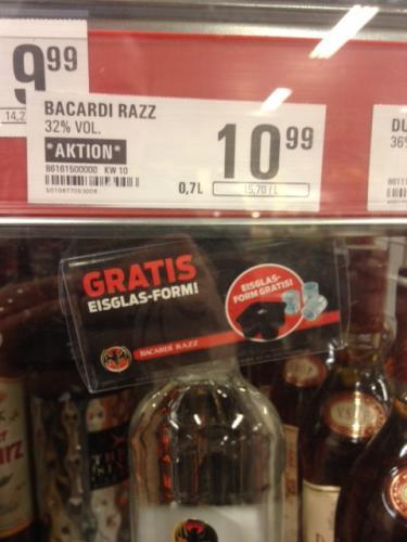 [lokal?] Bacardi Razz + Eisshooterform - 10,99 EUR - Netto mit Scottie