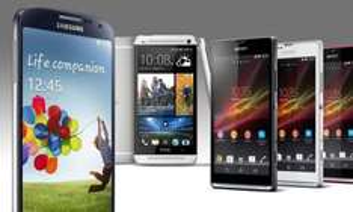 HTC One - 450,60€, Galaxy S4 - 462,60€, S3 - 278,60€ und viele andere Smartphones mit zwei Original Vodafone-Verträgen für Junge Leute/Studenten