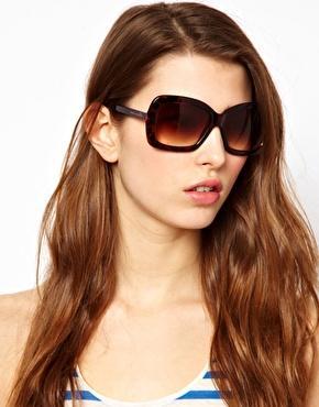Designer-Sonnenbrillen (CK, Lagerfeld, French Connection etc.) im Sale von Asos bis 70 % reduziert, VKfrei