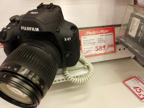 [Lokal - Berlin] Fuji Finepix X-S 1 Berlin Media Markt Kant Center (ERSPARNIS 25%)
