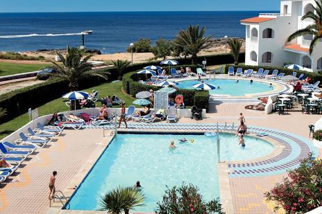 Reise: 1 Woche Menorca ab Weeze (Flug, Transfer, Hotel) 108,- € p.P.
