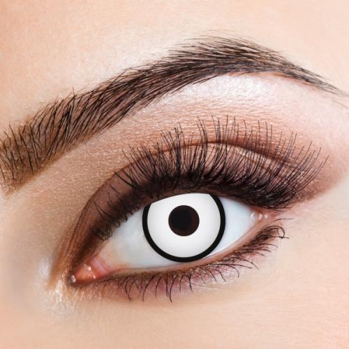 Farbige Kontaktlinse in weiß