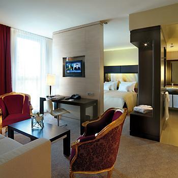 Köln Lindner 4*Hotel City Plaza TOP LAGE 3Tage 2Personen Reise Gutschein 3 Jahre
