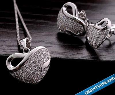 Schmuckset mit Halskette und Ohrringen