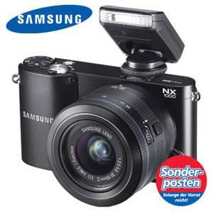 Samsung NX1000 mit 20-50 mm Objektiv & Blitz