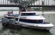 Heute in  Köln kostenlosen Schiffsrundfahrten über den Rhein ( zwischen 14 und 18 Uhr)
