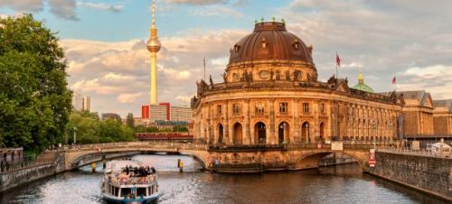 Germanwings Aktion: Für 39,99€ von Köln-Bonn oder Stuttgart im Sommer nach Berlin fliegen! ( inkl. Gepäck, Snack uvm.)